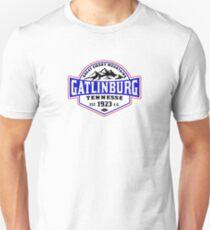 GATLINBURG TENNESSEE GREAT SMOKY MOUNTAINS NATIONAL PARK SMOKIES Unisex T-Shirt