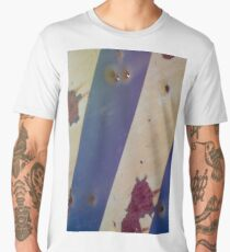 Rusty bullet riddled sign  Men's Premium T-Shirt