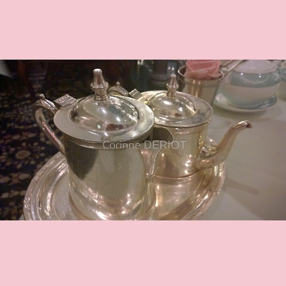Tea time in London 03 (limited edition of 30 copies) by Corinne DERIOT