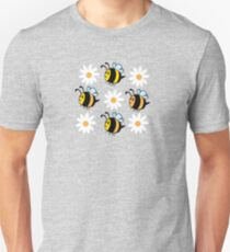 Chubby Bees With Daisies  Slim Fit T-Shirt