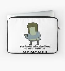 You know who else likes to wear T-shirts? - Muscle Man | Regular Show Laptop Sleeve