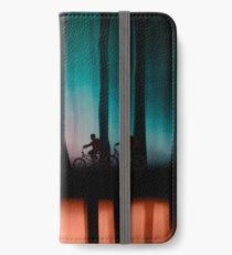 Fremde Dinge iPhone Flip-Case/Hülle/Klebefolie