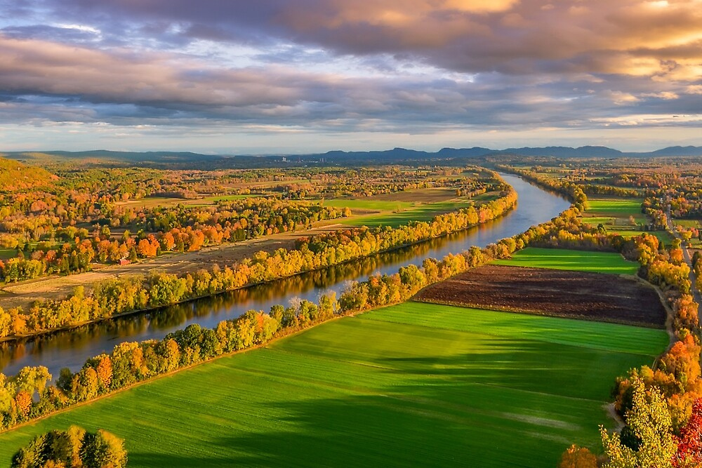 The Connecticut River in Massachusetts. by mattmacpherson