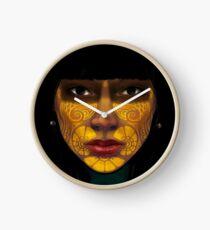 ornate woman Uhr