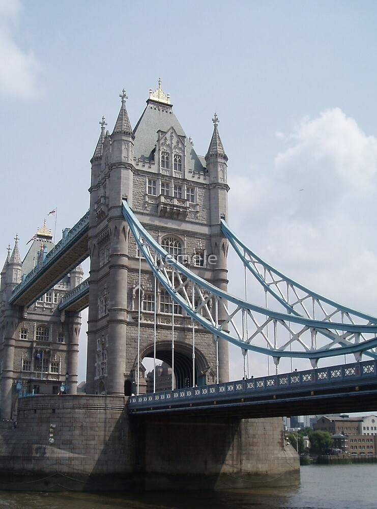 Tower Bridge by emele