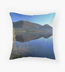 Framing the hidden horizon Throw Pillow