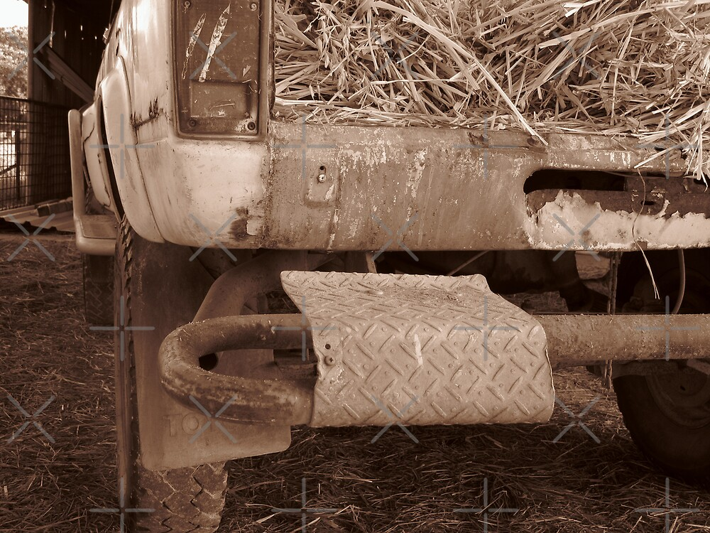 Old Toyota Hilux by aimznabz