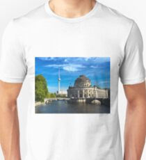 Bode Museum and Fernsehturm tower, Berlin Unisex T-Shirt
