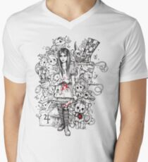 wonderland shattered T-Shirt