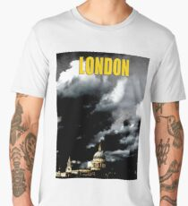 St Paul's Cathedral in London is surrounded with black clouds - Pro Photo Men's Premium T-Shirt