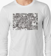 Escapees from the mind Long Sleeve T-Shirt