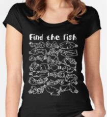 Find the fish and save the ocean from plastic pollution Women's Fitted Scoop T-Shirt