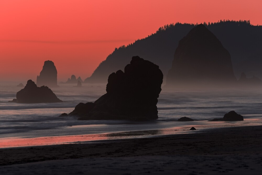 Cannon Beach, Oregon by mattmacpherson