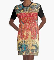 LADY AND UNICORN Taste, Red Green Fantasy Flowers,Animals Graphic T-Shirt Dress