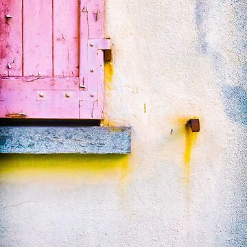 The rotting pink shutter by sil63