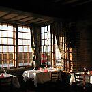 Winter Frühstück - Ye Olde White Hart Hotel von BlueMoonRose