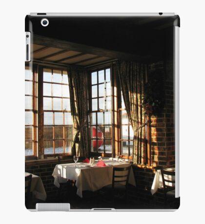 Winter Frühstück - Ye Olde White Hart Hotel iPad-Hülle & Klebefolie
