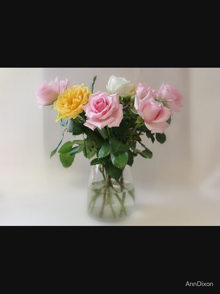 Still Life Roses von AnnDixon