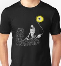 vacuum cleaner of space shirt Unisex T-Shirt