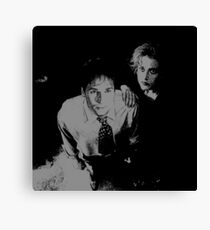 Mulder and Scully hand on shoulder Canvas Print