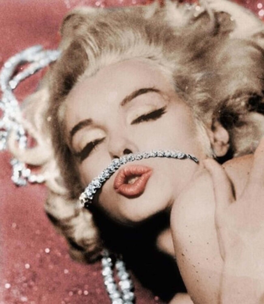 Jewelry Marilyn. by crumpetstrumpet
