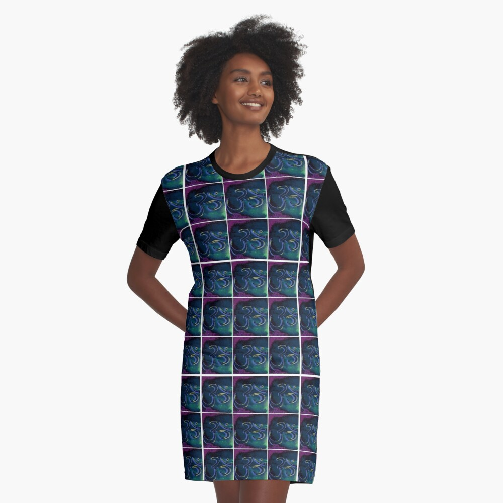 om symbol print Graphic T-Shirt Dress Front
