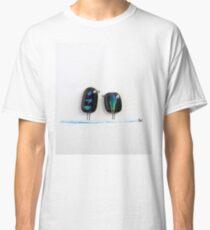 Bird says 'tweet' - Blue & green fused glass friends  Classic T-Shirt