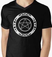 Pentagramm mit trinity Symbol. T-Shirt mit V-Ausschnitt für Männer