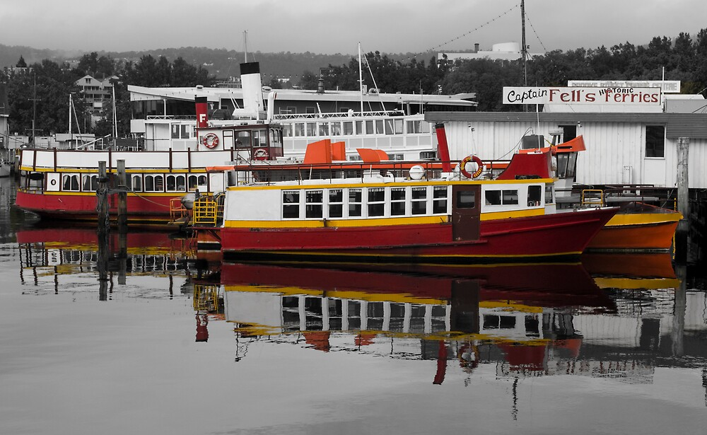 Red Ferry by wolfcat