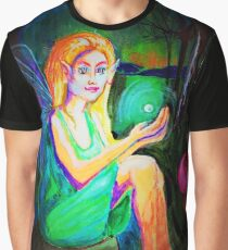 Woodland Fairy finds orb Graphic T-Shirt