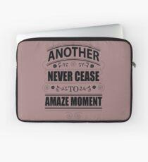 Never Ceasing to Amaze - Novelty  Laptop Sleeve