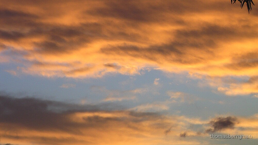 Colourful sky by thomasberryman
