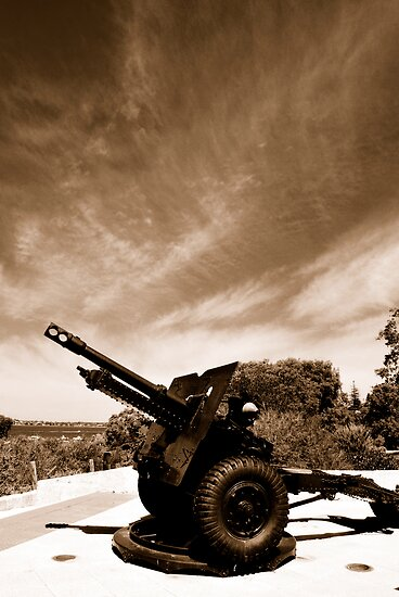 25 Pounder MKII Field Gun by Richard Owen