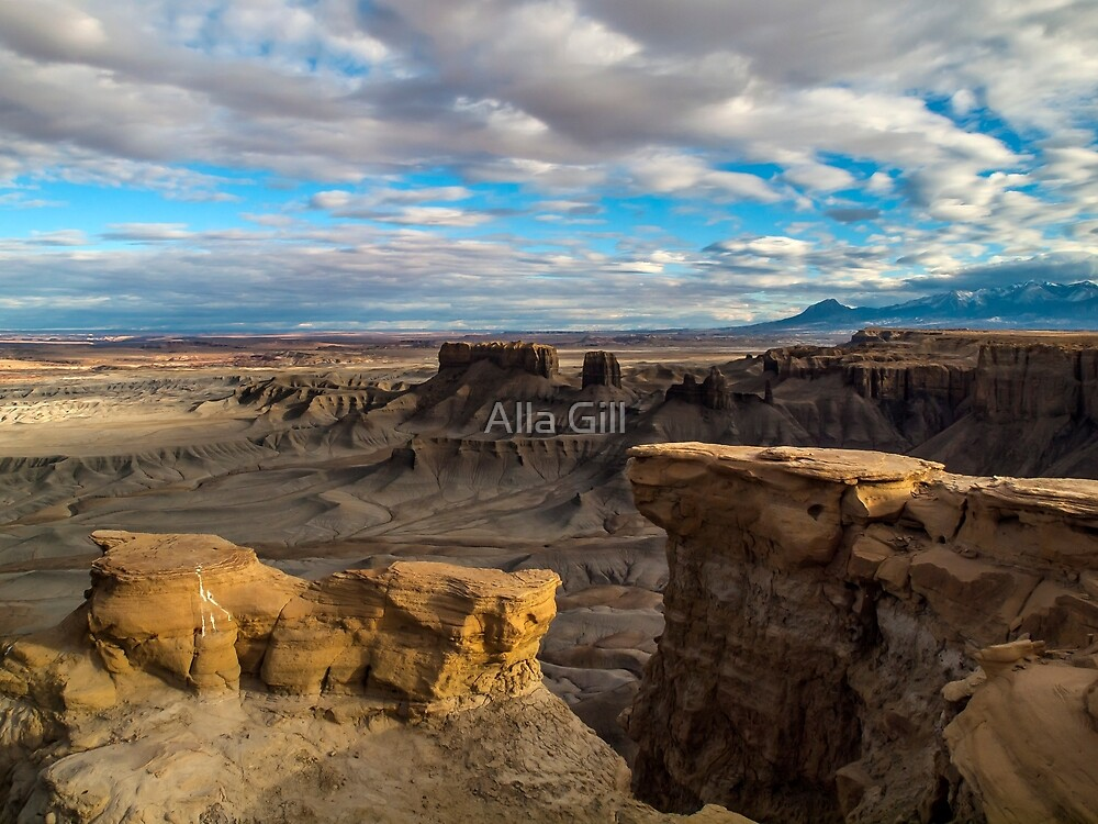 Moonscape Overlook. Shortly before Sunset by Alla Gill