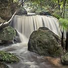 Weeping Rock Leura by STEPHEN GEORGIOU PHOTOGRAPHY