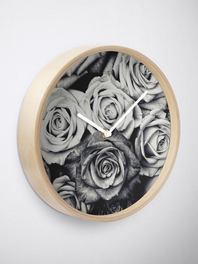 Alternate view of Roses Clock