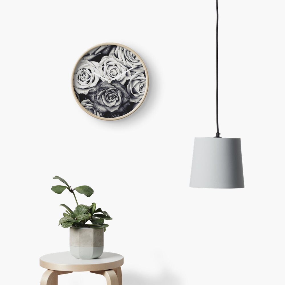 Roses Clock