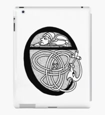 Knight and Dragon Alphabet - E - black and white iPad Case/Skin