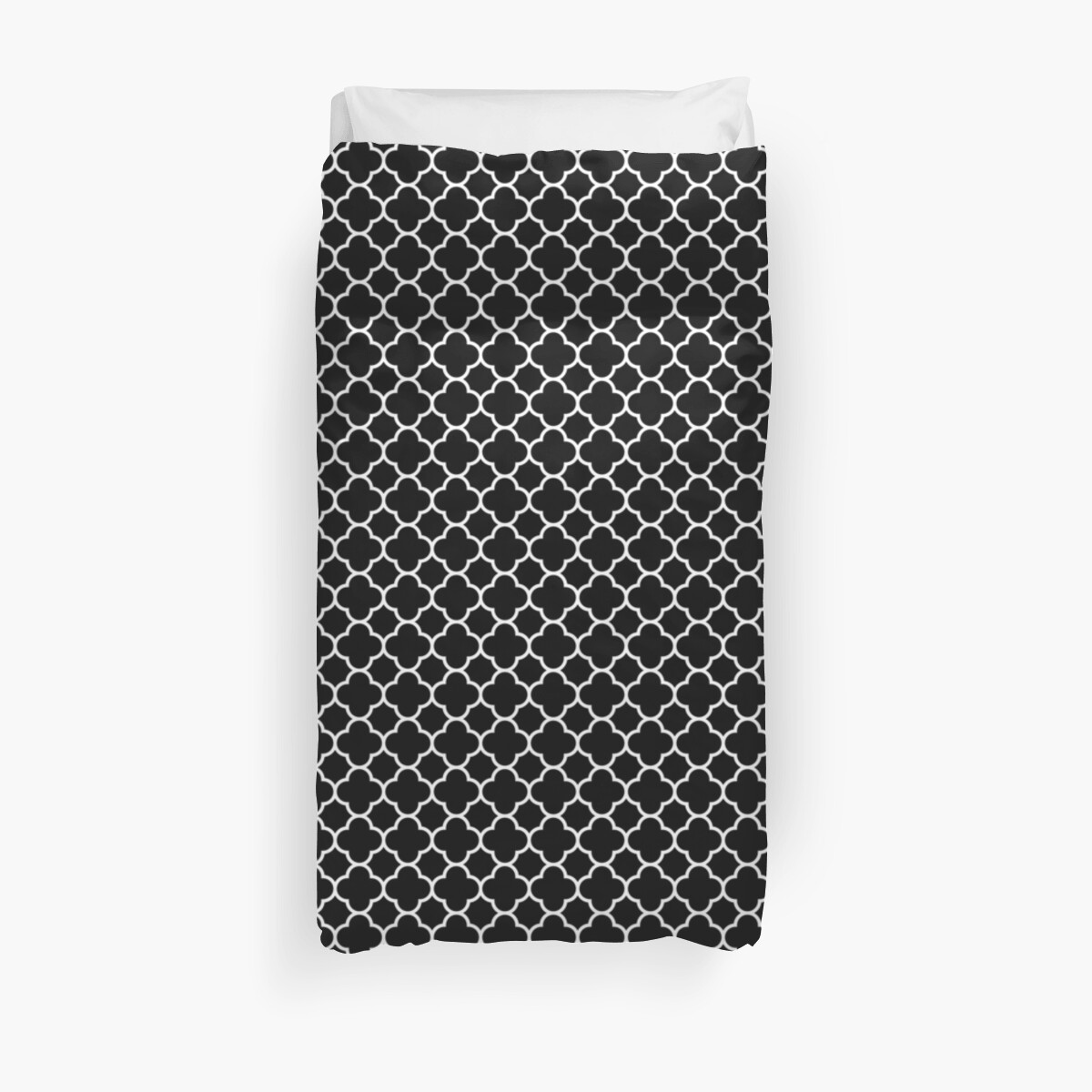 Black and White Quatrefoil Pattern  by TigerLynx