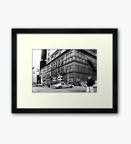 On the streets of New York (USA) Framed Print