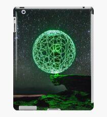 Green Orb iPad Case/Skin