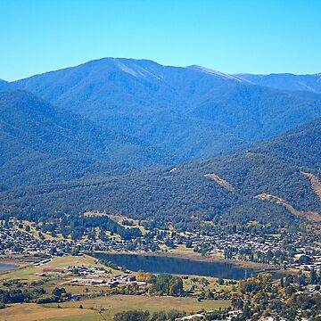 Sullivans Lookout Over Mt Beauty by bubbleblue