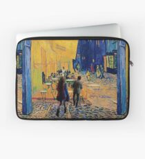 vincent, amy and the doctor Laptop Sleeve