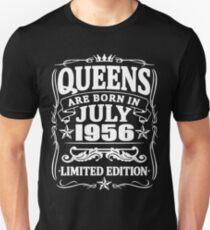 Camiseta unisex Queens are born in july 1956