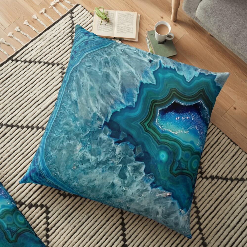 Aquamarines Aqua-Türkis-Blau-Felsen-Achat-Mineralkristall-Muster Bodenkissen