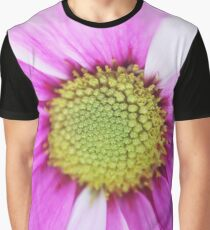 Pink and white daisy - 2018 Graphic T-Shirt
