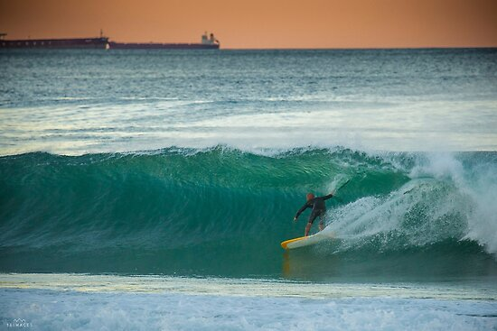 """Kelly Slater riding a Tyler Warren """"Bar of Soap"""" at Shitties, Wollongong by 16images"""