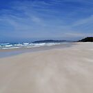 Tallow beach - A windy day by Elena Martinello