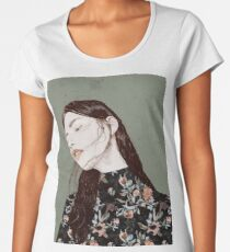 THE REVENGE ELENA GARNU Premium Scoop T-Shirt