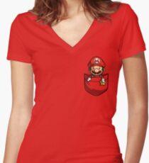 Camiseta entallada de cuello en V Pocket Mario T-shirt
